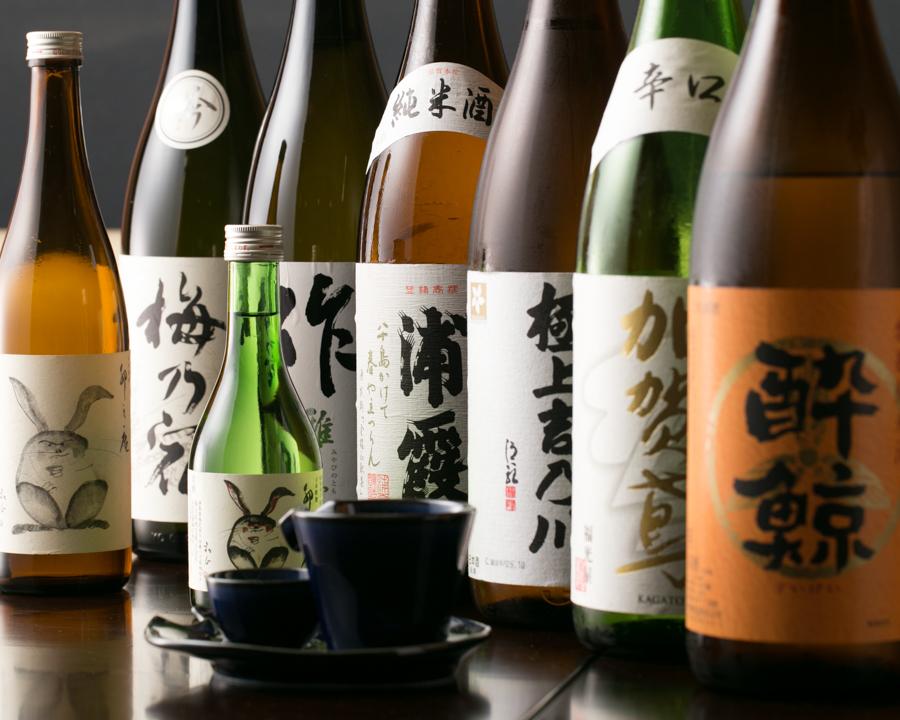 オリジナル日本酒をはじめ豊富なラインナップ